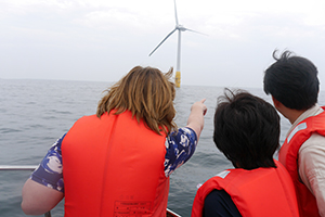 Fiona Hyslop visited wind energy sites in Nagasaki Prefecture.