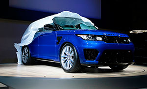 The Range Rover Sport SVR is featured in the new James Bond film Spectre.