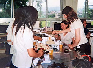 Joanna Lundt delivered cooking lessons to students while on the JET Programme.