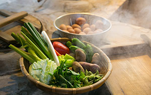 A local speciality is vegetables steamed using water from hot springs.